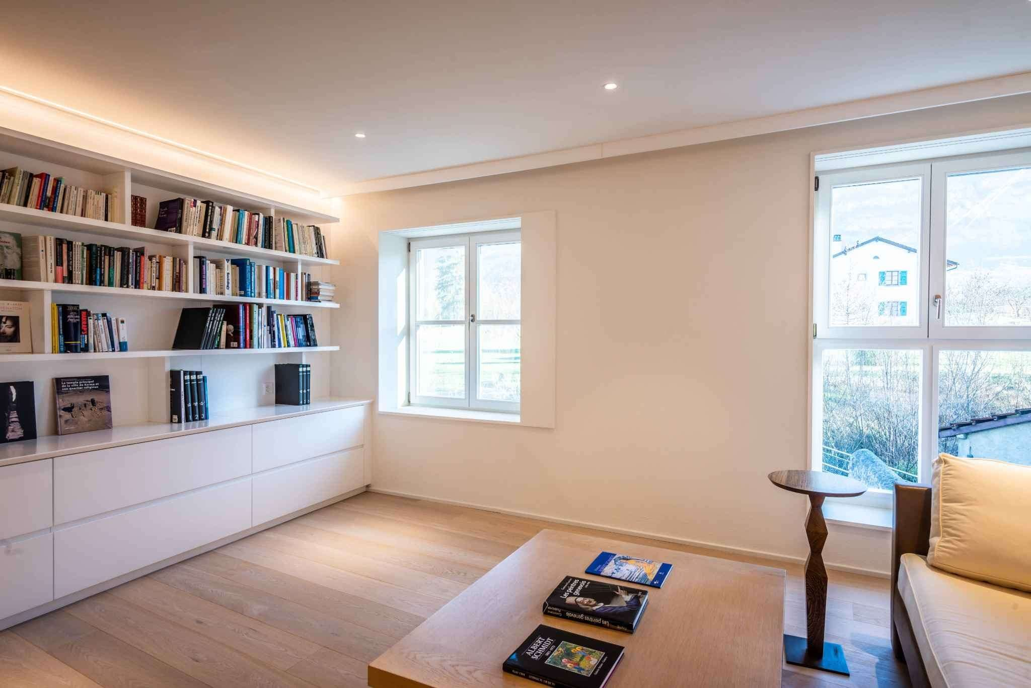 Exclusive: Superbe fully-renovated apartment