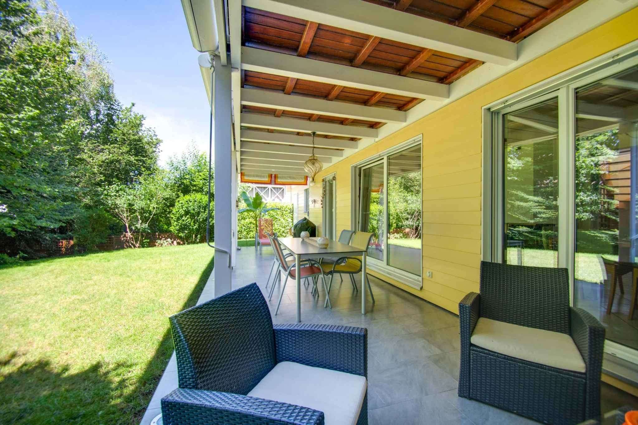 Corsier : Villa avec beau jardin