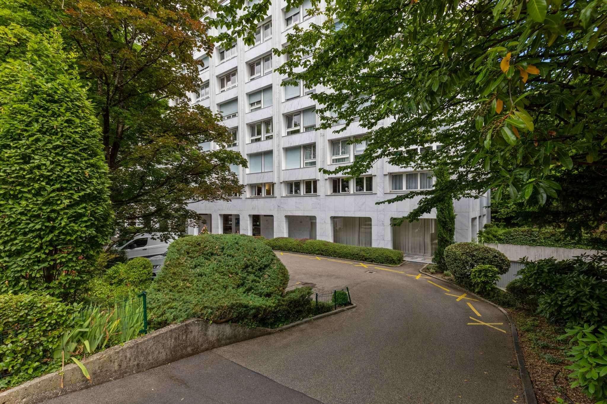 Magnifique appartement en pignon à Champel